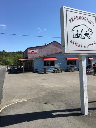 Freeborne's Eatery & Lodge照片