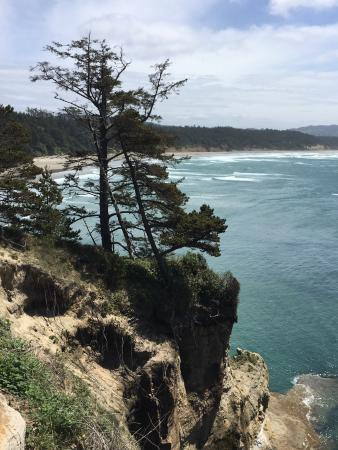 Devils Punchbowl State Natural Area: Devils Punch bowl is a must see on your trip to the Oregon coast.