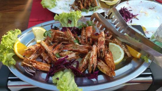 Balkan Restaurant Vier-Lander-Spezialitaten