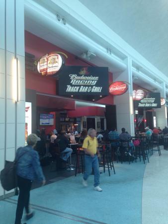 Budweiser Racing Track Bar & Grill: photo0.jpg