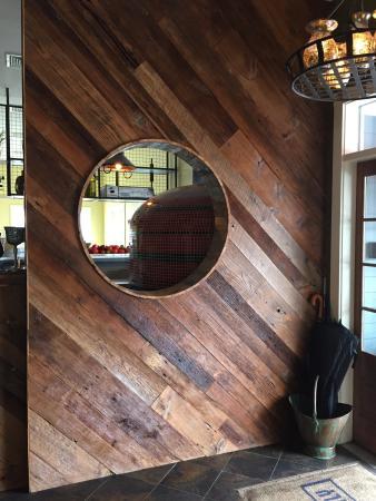 Kennebunks, เมน: Love the decor