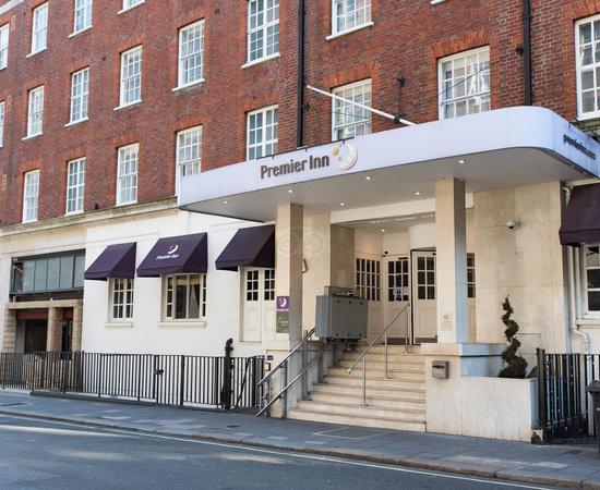 Photo of Hotel Premier Inn London Victoria Hotel at 82 - 83 Eccleston Square, London SW1V 1PS, United Kingdom
