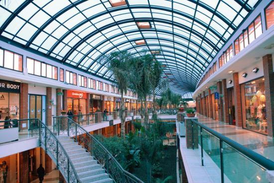 437f25fdf532 Elegante centro commerciale - Recensioni su I Portali