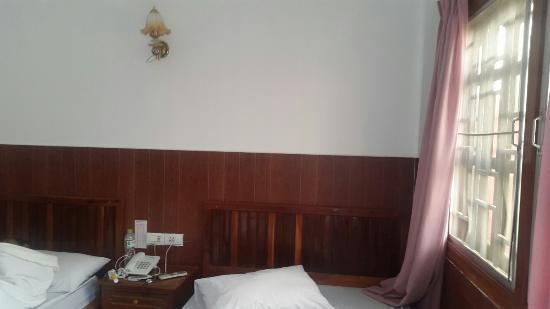 Botoum Hotel: TA_IMG_20160514_074354_large.jpg