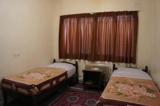 Naghshe Jahan Hotel