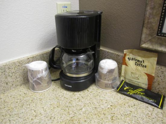 Jewett, Teksas: In Room Coffee Amenity