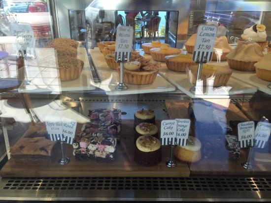 Bulli, Australia: Lots of delicious treats