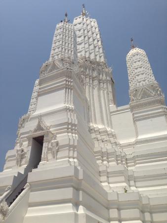 Wat Mahathat Worawihan