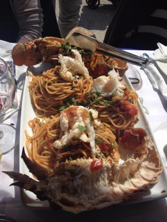 Taverna Arkoudas: Crustacés aux spaghettis, sauce tomate. Parfait!