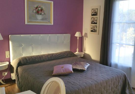 """Hôtel Le Nautile : Chambre """"Grand Confort"""" Hôtel** Le Nautile, Oléron."""