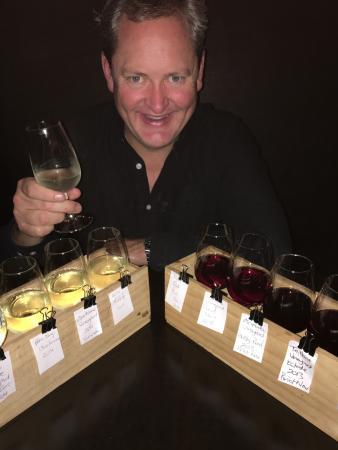 Micro Wine Bar: photo1.jpg