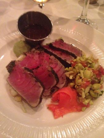 Grosse Pointe, MI: Seared Tuna