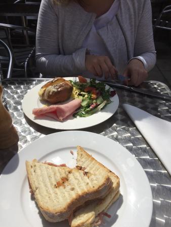 Cafe Restyle: photo1.jpg