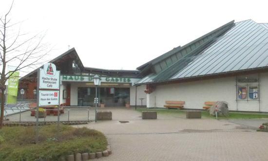 Cafe-Restaurant Hacho-Stube
