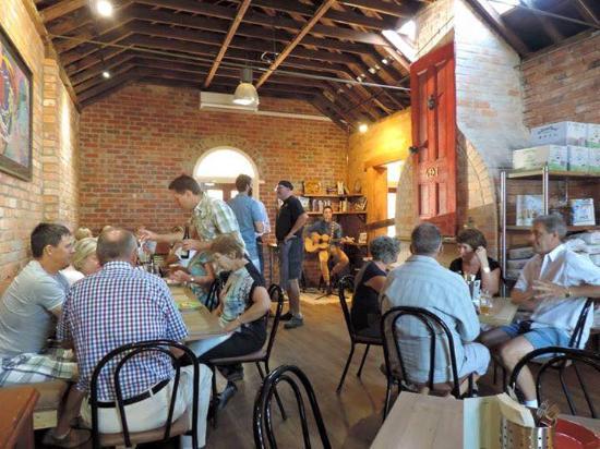 Buninyong, Australia: Live Music & great atmosphere