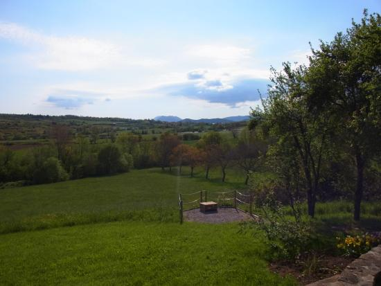 Puivert, Francia: View from the garden