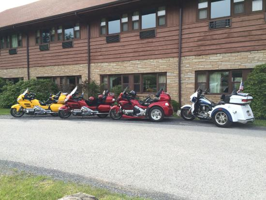 Blackwater Falls State Park Lodge: The Honda and Harley Trikes.