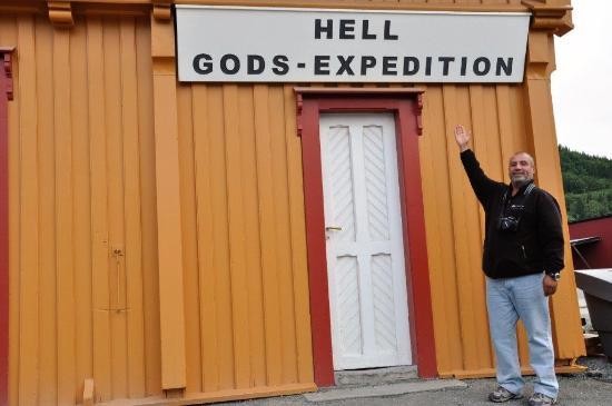 A Jordanian guest visits Hell