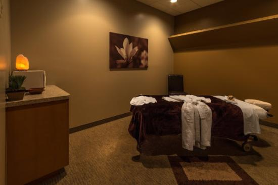 Tolleson, AZ: Massage Room