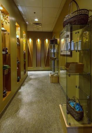 Tolleson, AZ: Hallway