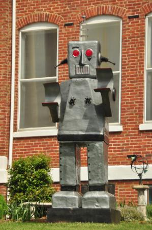 William King Museum of Art: Not your ordinary Robot