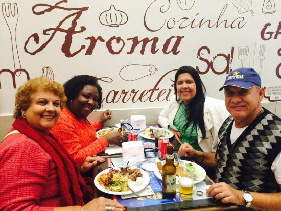 Restaurante Tradição Mineira: Uma delicia  Muita variedade e comida deliciosa a ótimo preço