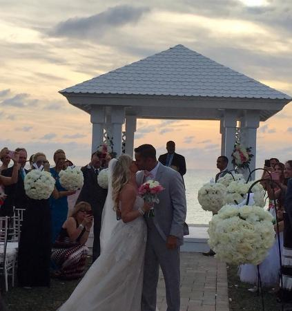 Bimini: Wedding Gazebo