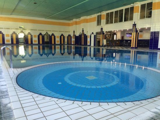 любящим бассейн самый старый в калуге фото этому