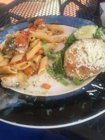 Madison, GA: Shared the Santorini Shrimp with pasta & Greek Salad with Chicken. Divine!!! And the garlic knot