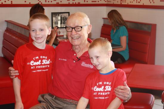 "McPherson, Κάνσας: "" I'm one Cool Kid at Freddy's""  t-shirt kids with Freddy himself!"
