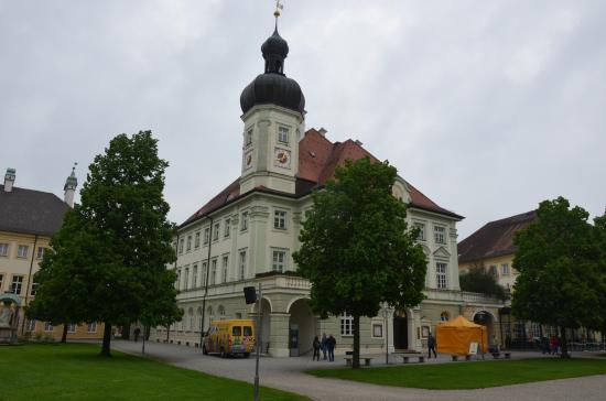 Town Hall: Rathaus