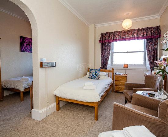 Halcyon hotel dimbourg cosse voir les tarifs 5 avis et 196 photos - Office tourisme edimbourg ...