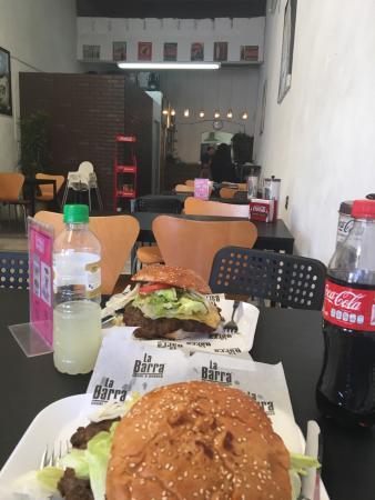 La Barra Sushi & Burguer