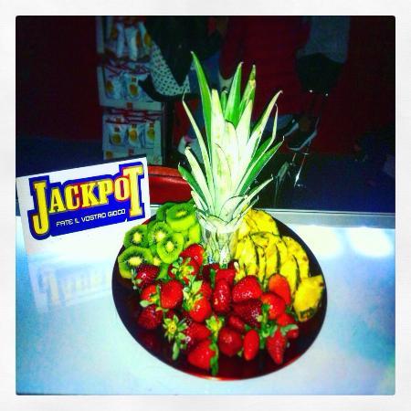 Fruit explosion!! JACKPOT music-drink&games