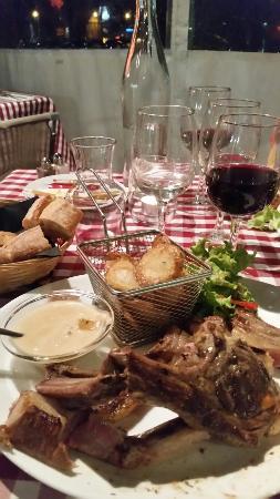 Le Mee-sur-Seine, France : Accueil et ambiance sympathique avec une fraîcheur des produits Très belle soirée ...