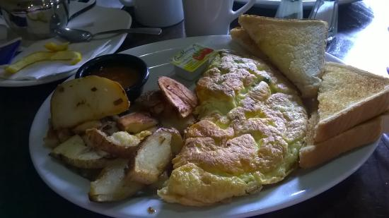 Scott's Family Restaurant: this was our lovely breakfast it was so good