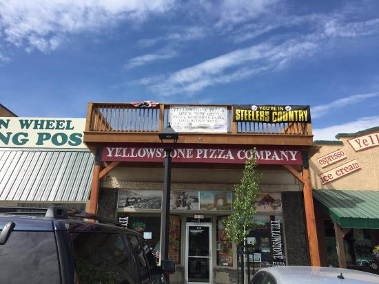 Yellowstone Pizza Company: photo0.jpg