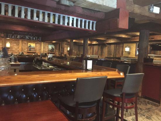 Commack, NY: Bar area