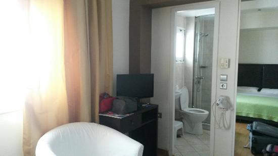 Hotel Niki: 20160513_143123_large.jpg