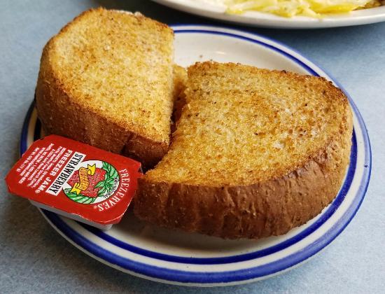 Roseburg, Oregón: Toast from the 'smaller appetites' breakfast special