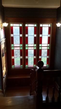 Arbor View Inn: Staircase window seat