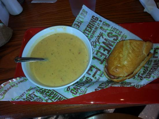 Muscle Shoals, AL: Crawfish Bisque and Cuban Panini