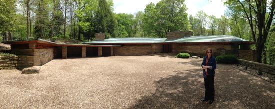 Chalk Hill, Pensylwania: Entrance/courtyard to house