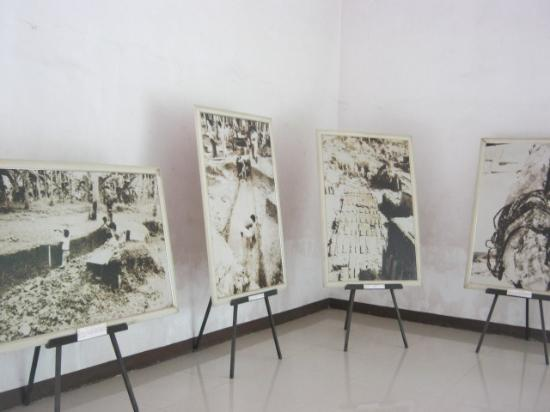 Balangay Shrine Museum: early photos of the previous excavations