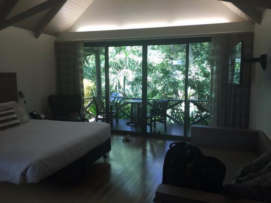 Palm Bungalows : 部屋の中から
