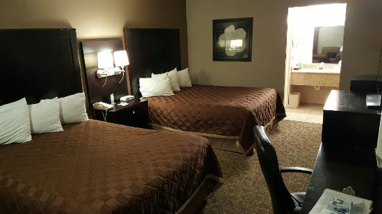 ramada picture of ramada fresno north fresno tripadvisor. Black Bedroom Furniture Sets. Home Design Ideas
