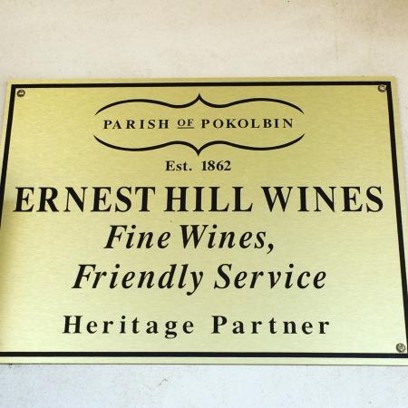 ‪Ernest Hill Wines‬