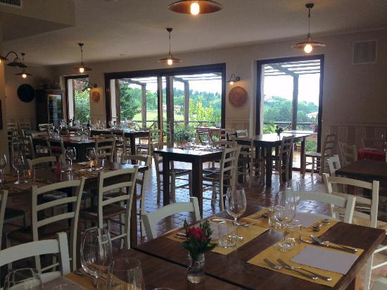 Colmurano, อิตาลี: La sala del ristorante
