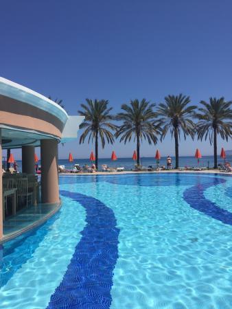 Alexandra Beach Resort: photo1.jpg