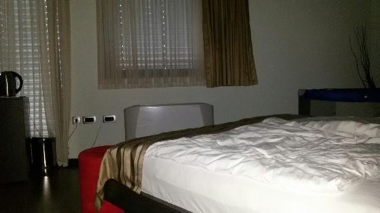 Birokrat Hotel: 20160508_201340_large.jpg